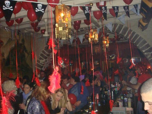 Red Party02